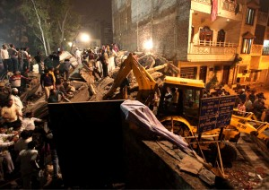 Colour photograph showing the scene of the Five-Storey Residential Building Collapse at Lalita Park in East Dilli's Laxmi Nagar Area, which occurred on Monday evening (local time), 15 November 2010. Click to enlarge.