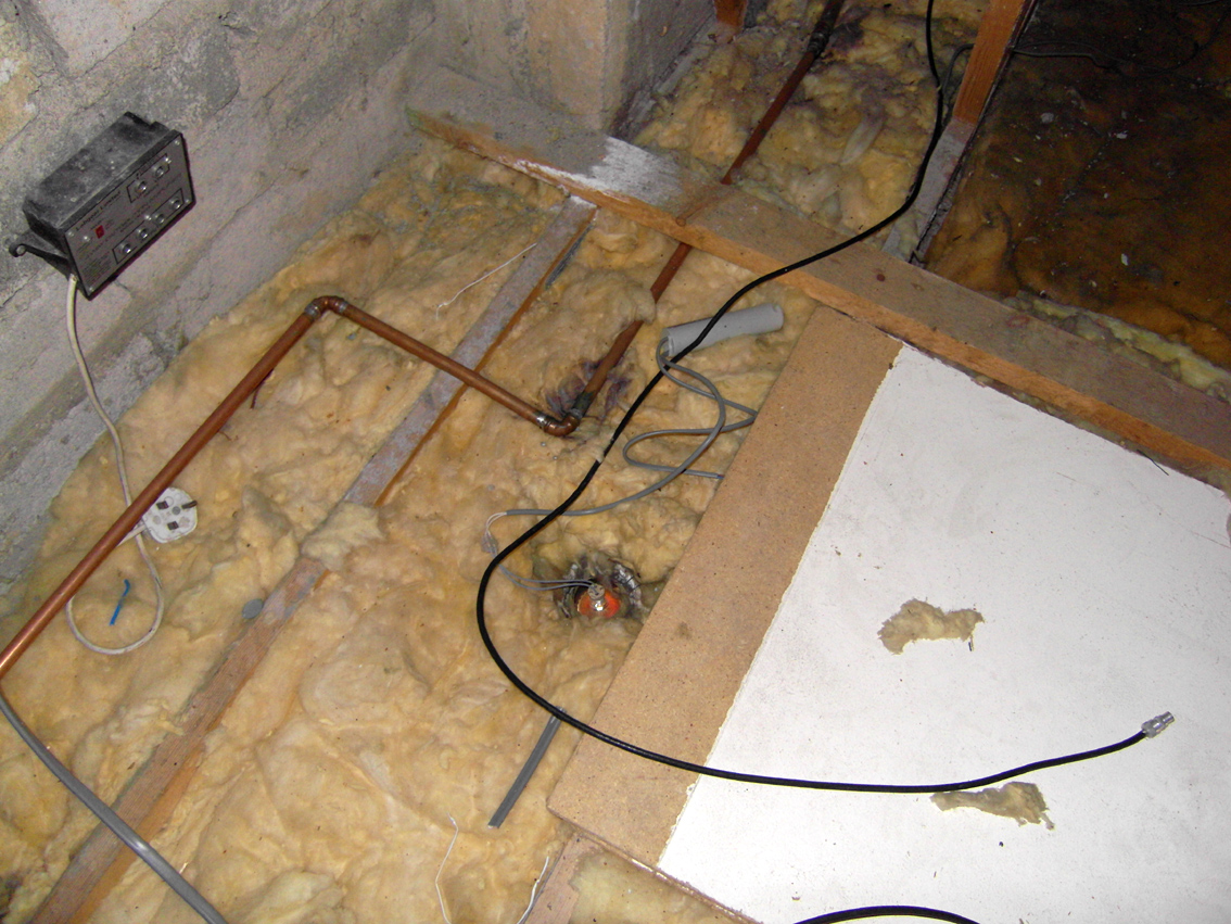 Hazards in attic roof spaces a strong dose of reality 39 a gentle whisper in your ear 39 - Attic thermal insulation ...