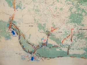Colour photograph showing the deployment and movement of forces during the attempted U.S. Invasion of the Bay of Pigs (Bahia de Cochinos), in April 1961. Playa Girón is the lower of the two coastal landing points in view ... Playa Larga, the other. From a display at Girón Museum. Photograph by CJ Walsh. 2007-04-13. Click to enlarge.