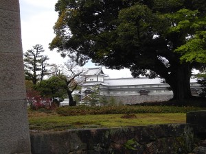 Colour photograph showing Kanazawa Castle and its grounds, in Japan. Photograph by CJ Walsh. 2010-04-27. Click to enlarge.